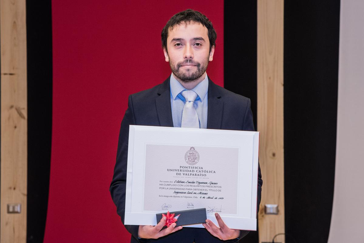 Esteban Figueroa LL.