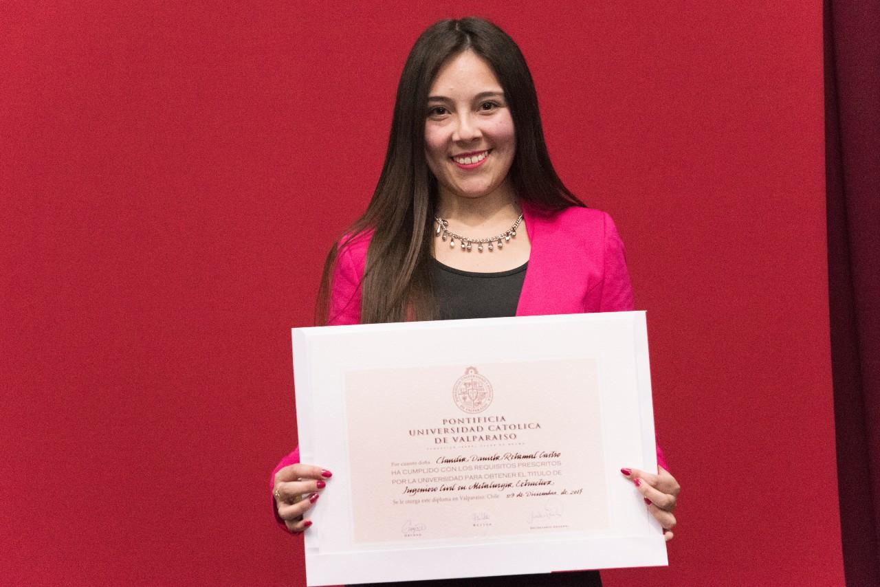Claudia Retamal C.