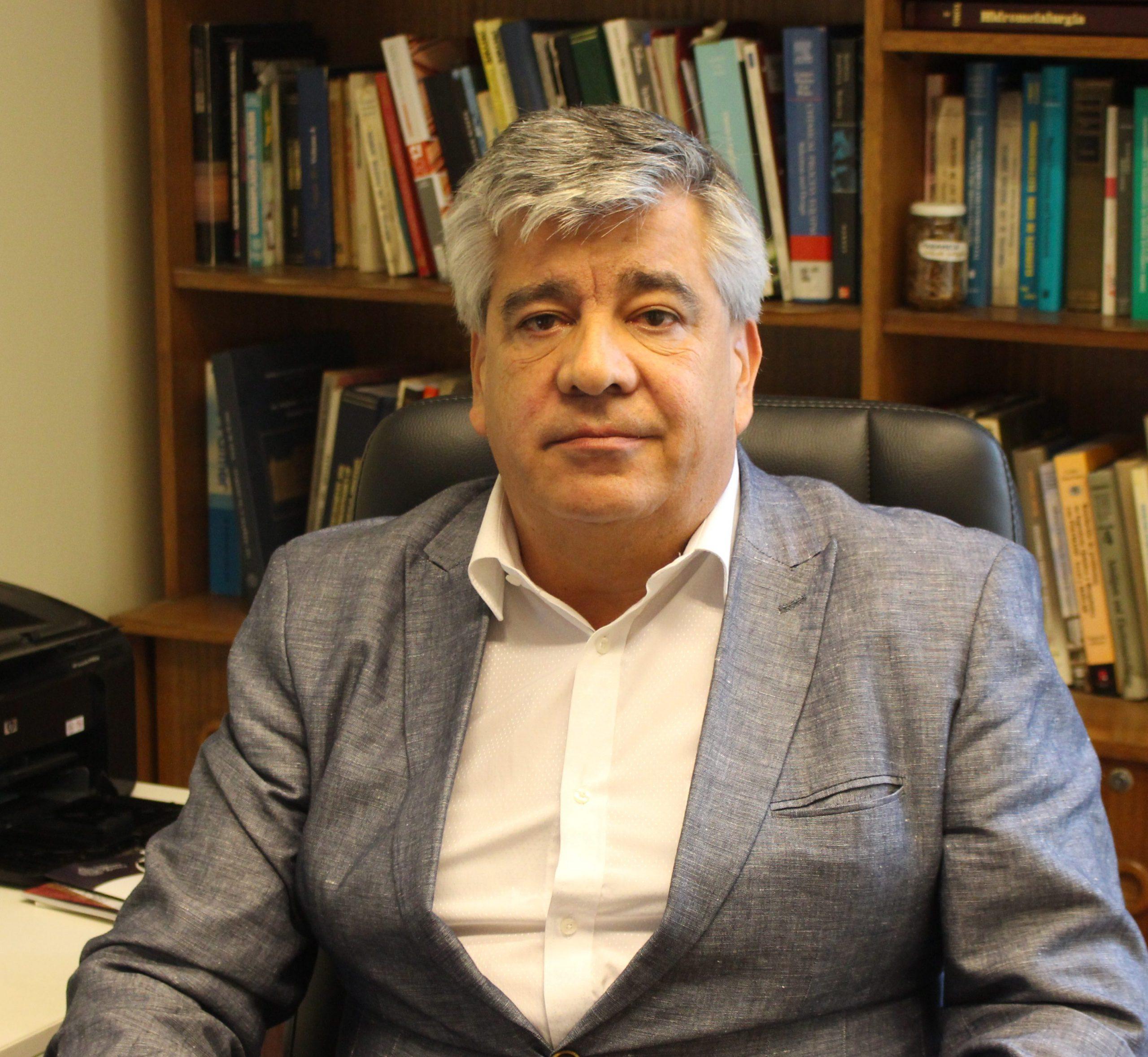 Roberto Parada Araya